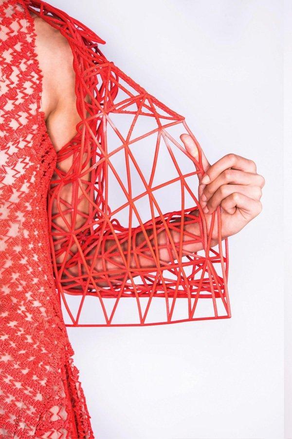 Danit peleg crea la prima collezione fashion stampata in for Crea casa 3d