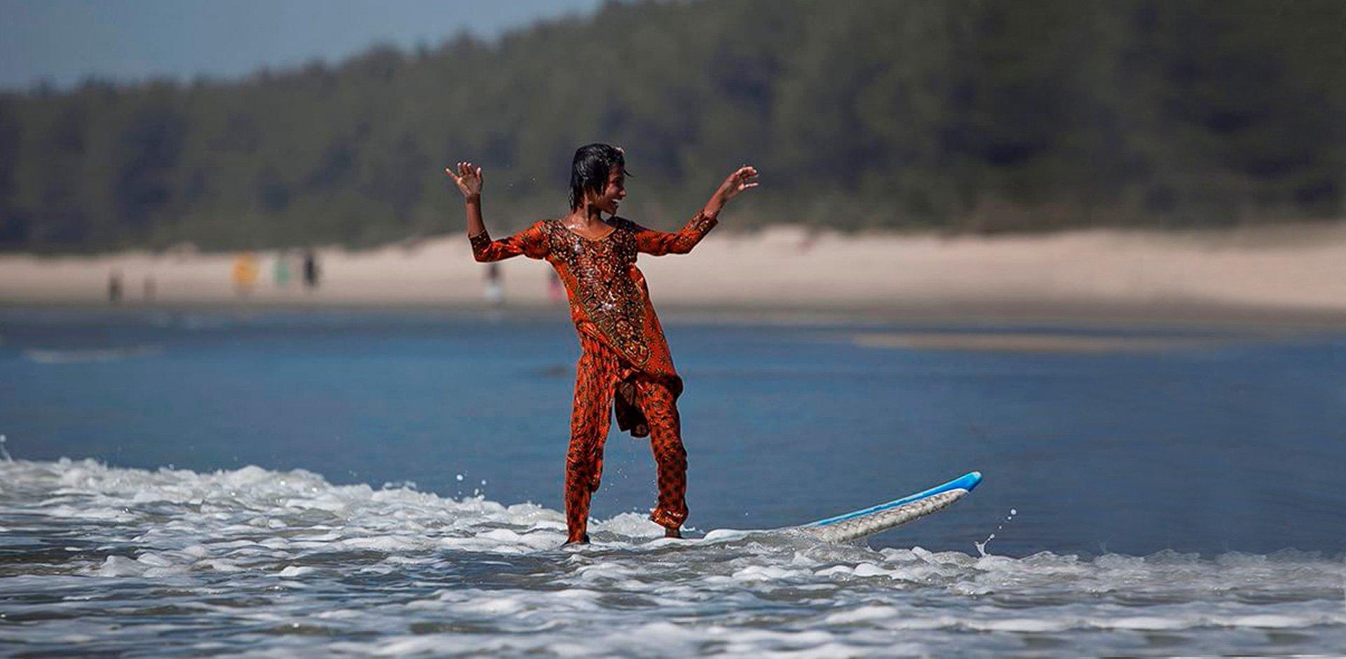 New Trend Bangladeshi Surf Girls By Photographer Allison