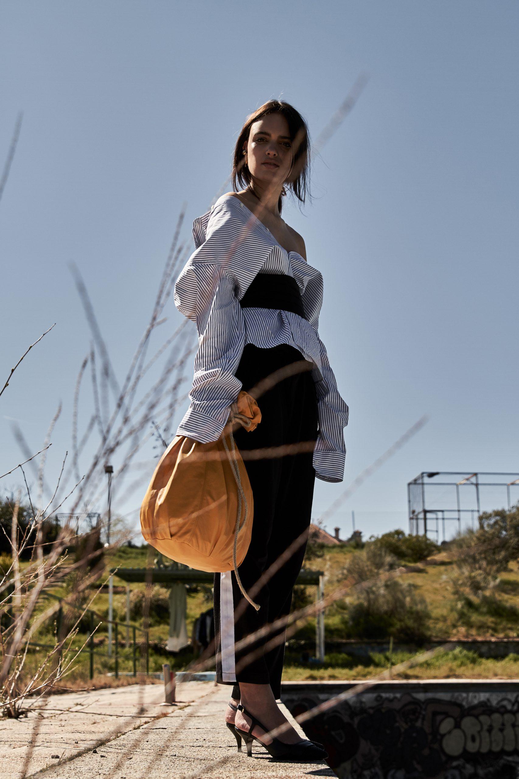 editoriale moda, street style, fashion editorial, the fashion atlas, broad shoulders, Maria Sague Esquivias,