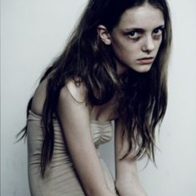 Imogen Morris Clarke, heroin chic, photography, fashion, anni 90,