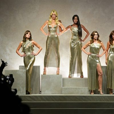 tributo versace, cindy crawford, naomi campbell, claudia schiffer,top anni 90,