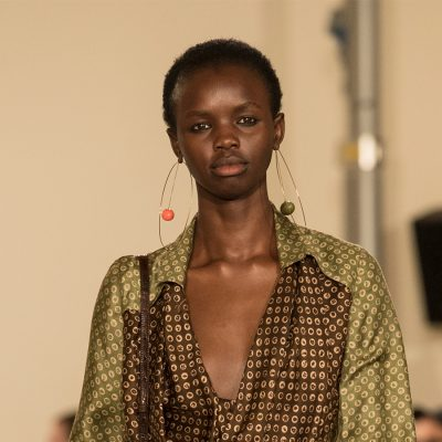 orecchini a cerchio trend 2017-2018 hoop earrings jacquemus