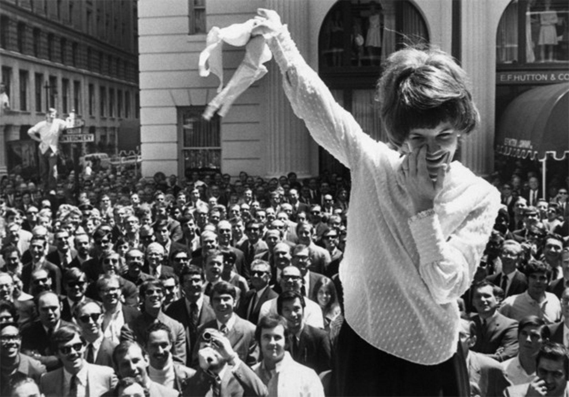 Femministe-anni-'60 storia del reggiseno