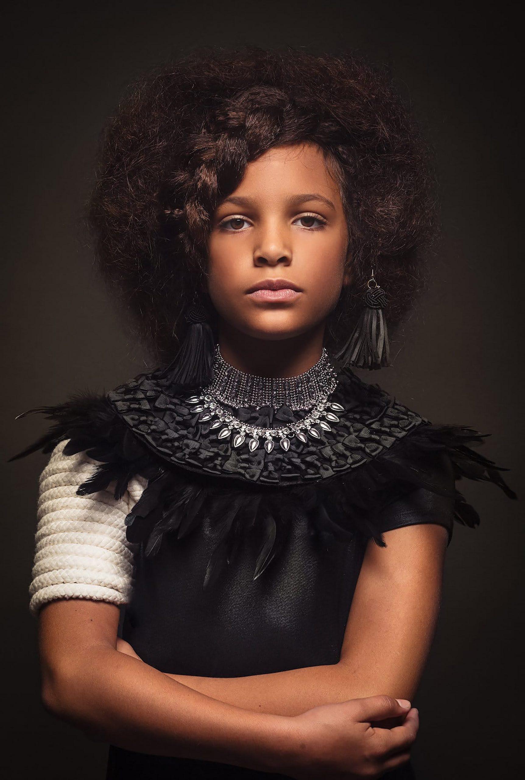 Afro Art, creative soul, capelli ragazze di colore, piume