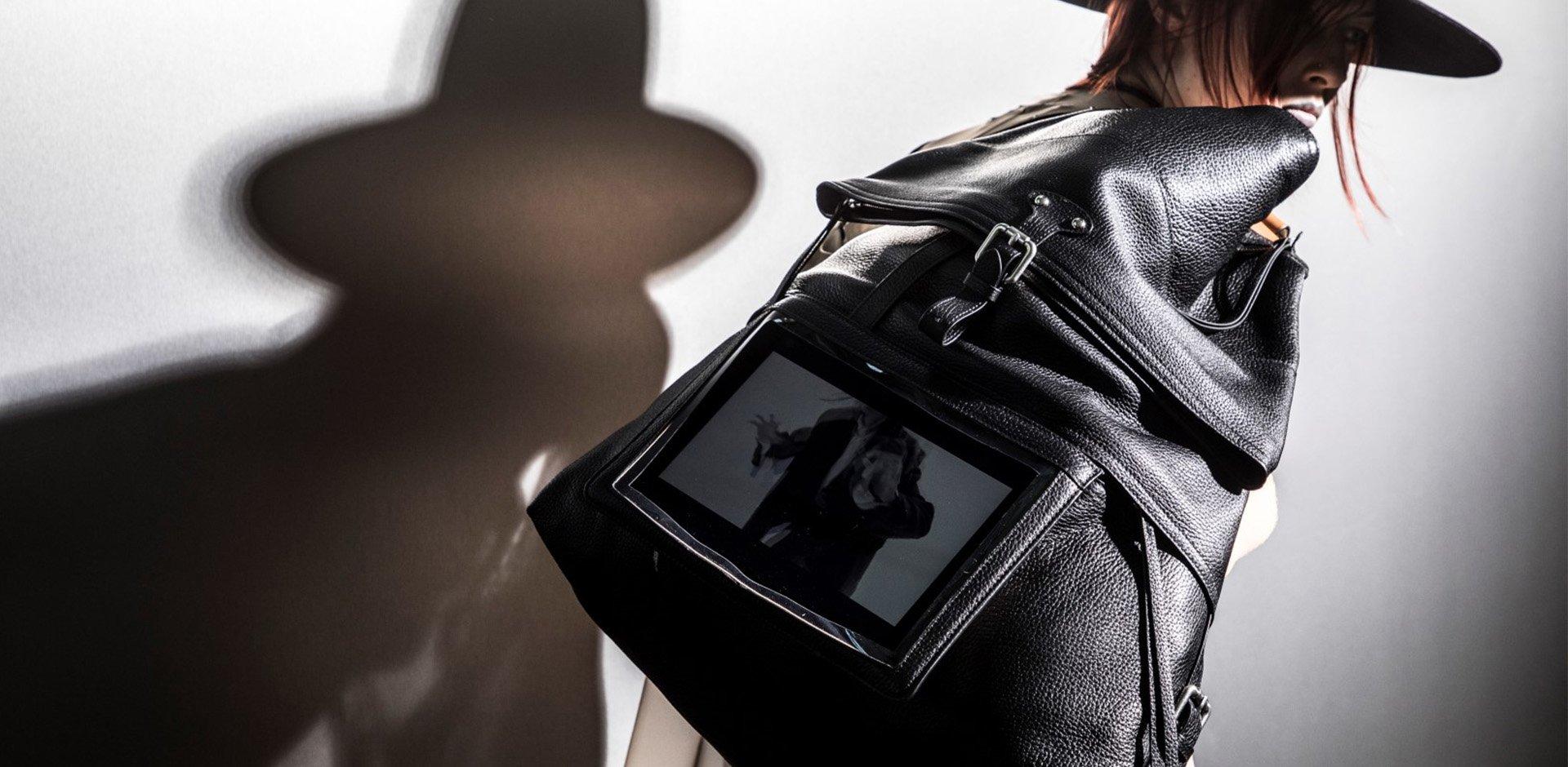margiela, john Galliano, borse pelle, porta iPad,