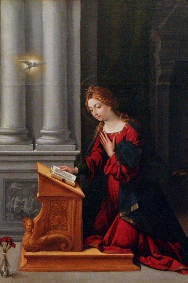 Benvenuto Tisi, Annunciazione Madonna, abito rosso