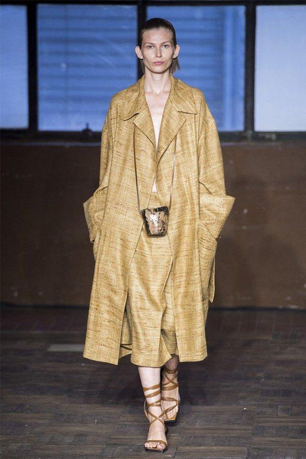 Erika Cavallini spring 2019, trench coat