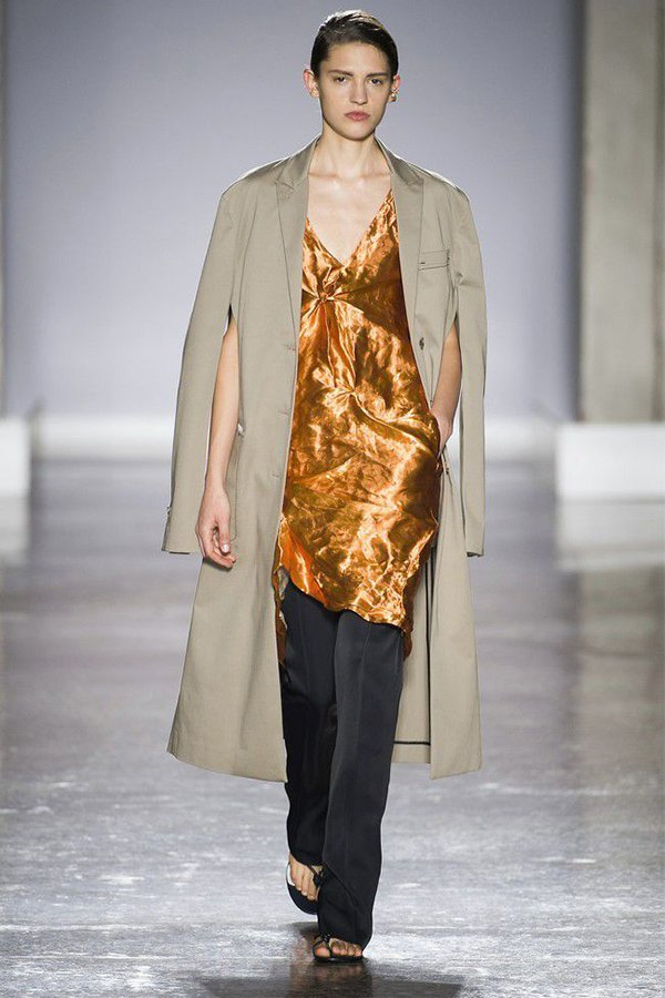 Gabriele Colangelo spring 2019, trench look