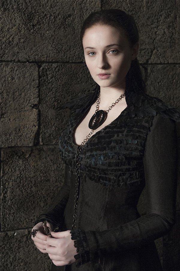 Game of Thrones, Sansa, dettaglio piume