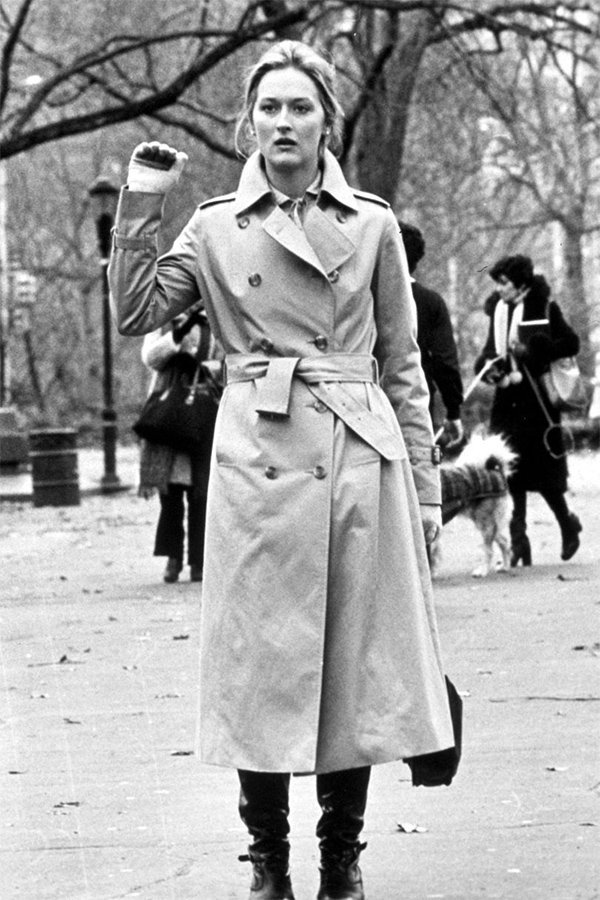 Meryl Streep, trench outfit