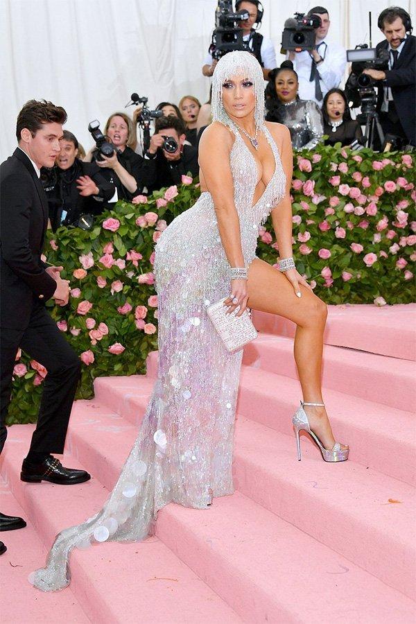 Met Gala 2019, camp, Jennifer Lopez in Atelier Versace