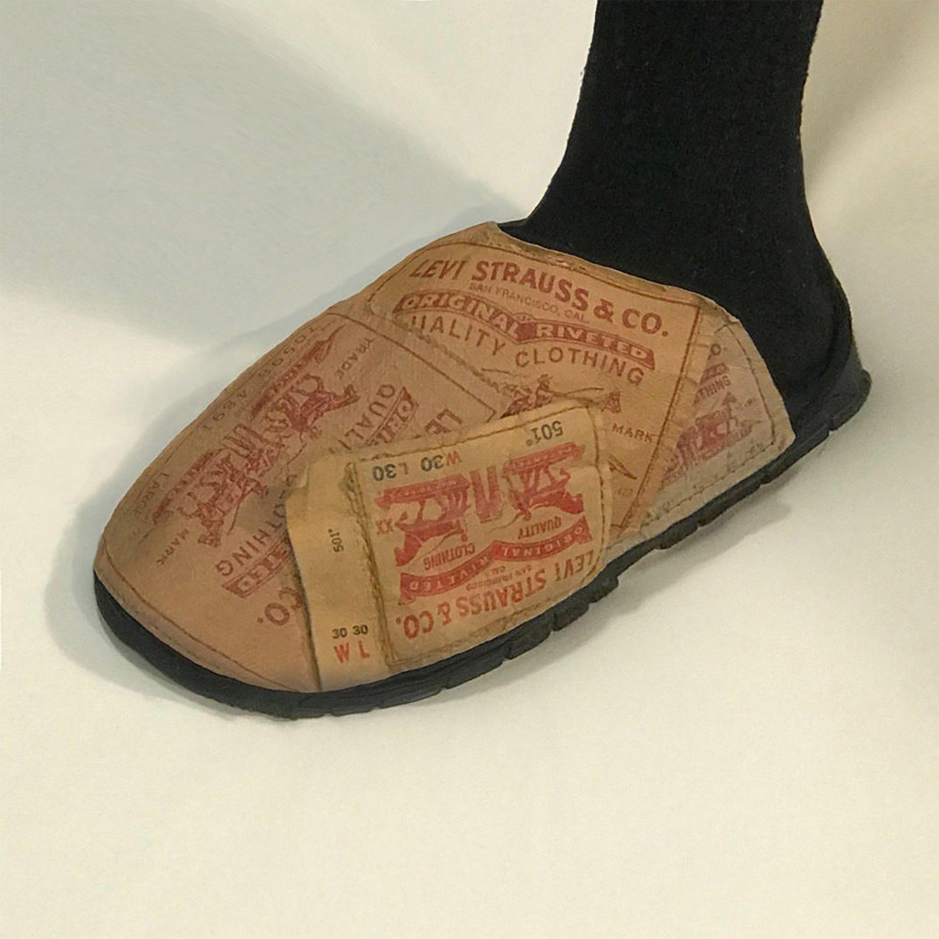 Nicole McLaughlin, scarpe riciclate