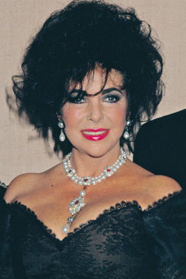 Storia delle perle, Liz Taylor, perla peregrina