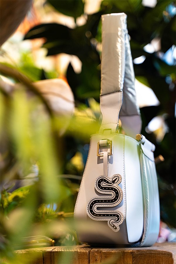 Yosono, fake bag, snake, MFW