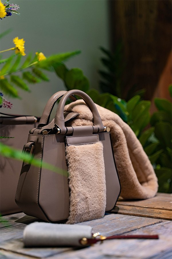 Yosono, fake bag, teddy bear, MFW