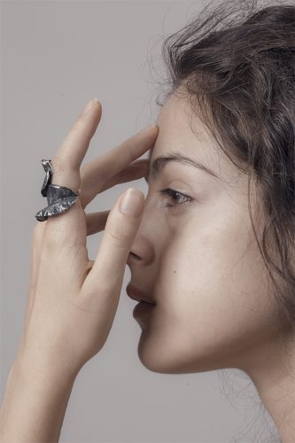 Erica Magliano, orafa sperimentale, anello